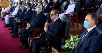 الرئيس السيسي لخريجي كلية الشرطة: كونوا مثل عظيم ورائع للناس في الشارع