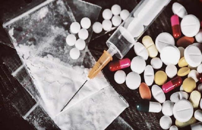 من منتصف ديسمبر .. فصل الموظف متعاطي المخدرات   تفاصيل