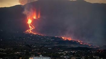 هل تؤثر غازات بركان لا بالما على مصر؟ خبير جيولوجي يوضح