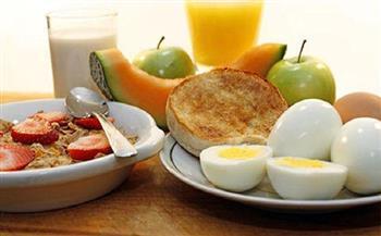 خطوات بسيطة لمعرفة «الغذاء المثالي» في وجبة الإفطار
