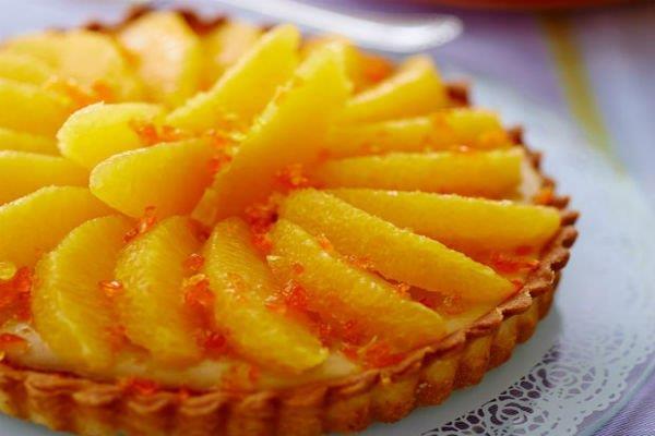 لوجبة شهية.. طريقة إعداد فطيرة البرتقال بالكريمة