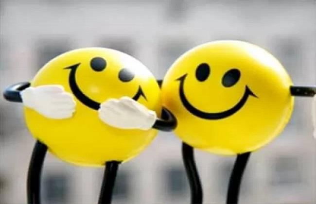 أهمها مجالسة الأطفال .. نصائح نفسية لـ تحفيز هرمون السعادة بداخلك