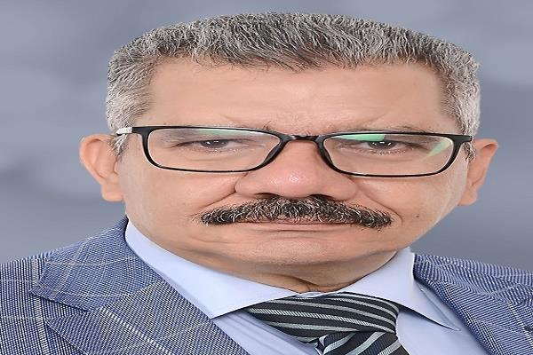 5 نقاد وشاعر يلتقون حول شعرية محمد الشحات في ميزان النقد الخميس بسوق التوفيقية