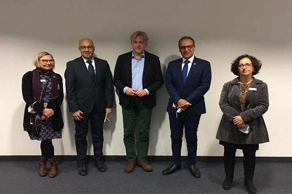 ألمانيا تشيد بتطور معرض القاهرة الدولي للكتاب.. والحاج علي يدعوها للمشاركة