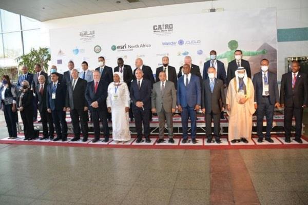 وزير التنمية المحلية يشهد افتتاح الدورة الرابعة لأسبوع القاهرة الرابع للمياه (صور)