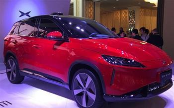 شركة سيارات كهربائية صينية تتحدّى تيسلا