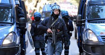 «طفح الكيل».. رجل يطلب وضعه بالسجن هربا من الإقامة مع زوجته في إيطاليا
