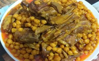 لذيذة ومفيدة.. طريقة إعداد طاجن اللحم بالحمص