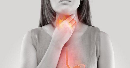 منها الشوفان.. أطعمة تساعد في التقليل من أعراض ارتجاع المريء