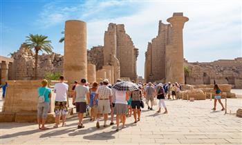 اعتبارا من 9 أغسطس.. خبراء يشيدون بعودة السياحة الروسية إلي مصر