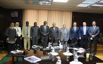 وزير الكهرباء يلتقي وزير الطاقة والمناجم البوروندي لبحث سبل الدعم والتعاون بين البلدين