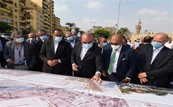 رئيس الوزراء يتفقد موقع تطوير ساحة مسجد عمرو بن العاص: المشروع سيحقق طفرة نوعية