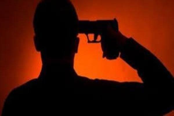 «أوصى شقيقه على أبنائه».. تفاصيل انتحار موظف بأطفيح