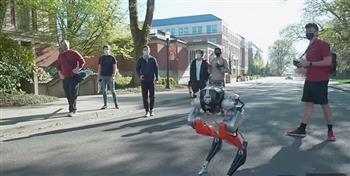 روبوت يصنع التاريخ بالركض لمسافة 5 كيلومترات في 53 دقيقة