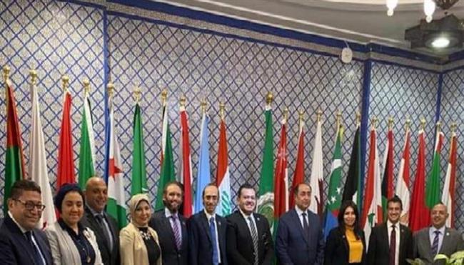 وفد من تنسيقية شباب الأحزاب يزور جامعة الدول العربية ويتفقد أروقتها التاريخية