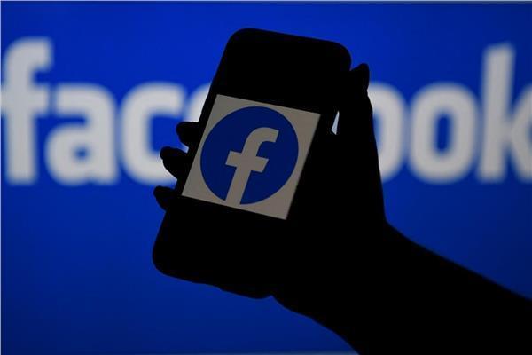 فيسبوك يستخدم الذكاء الاصطناعي لمعرفة من تقل أعمارهم عن ١٣ سنة