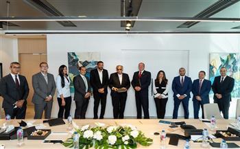 اتفاق بين «موانئ دبي» و«انترو» لإعادة تشغيل المحجر والمجزر الآلي بالعين السخنة