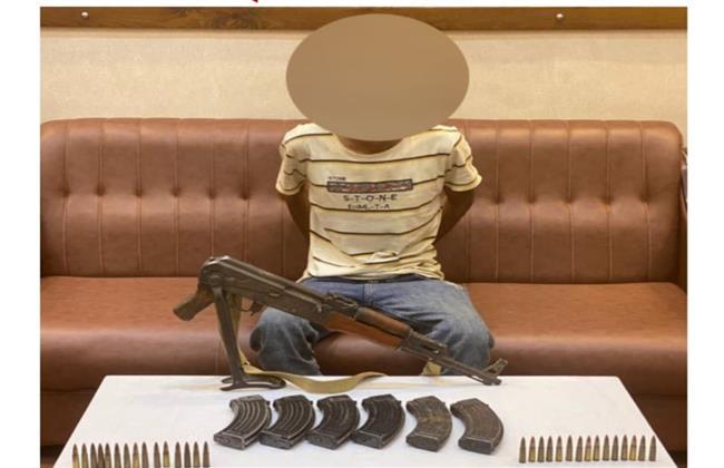 القبض على عاطل بحوزته بندقية آلية و50 طلقة بـ «15 مايو»