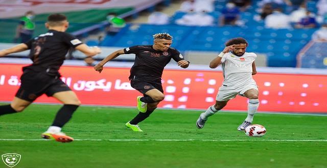 الشباب يتعادل مع الهلال في الدوي السعودي